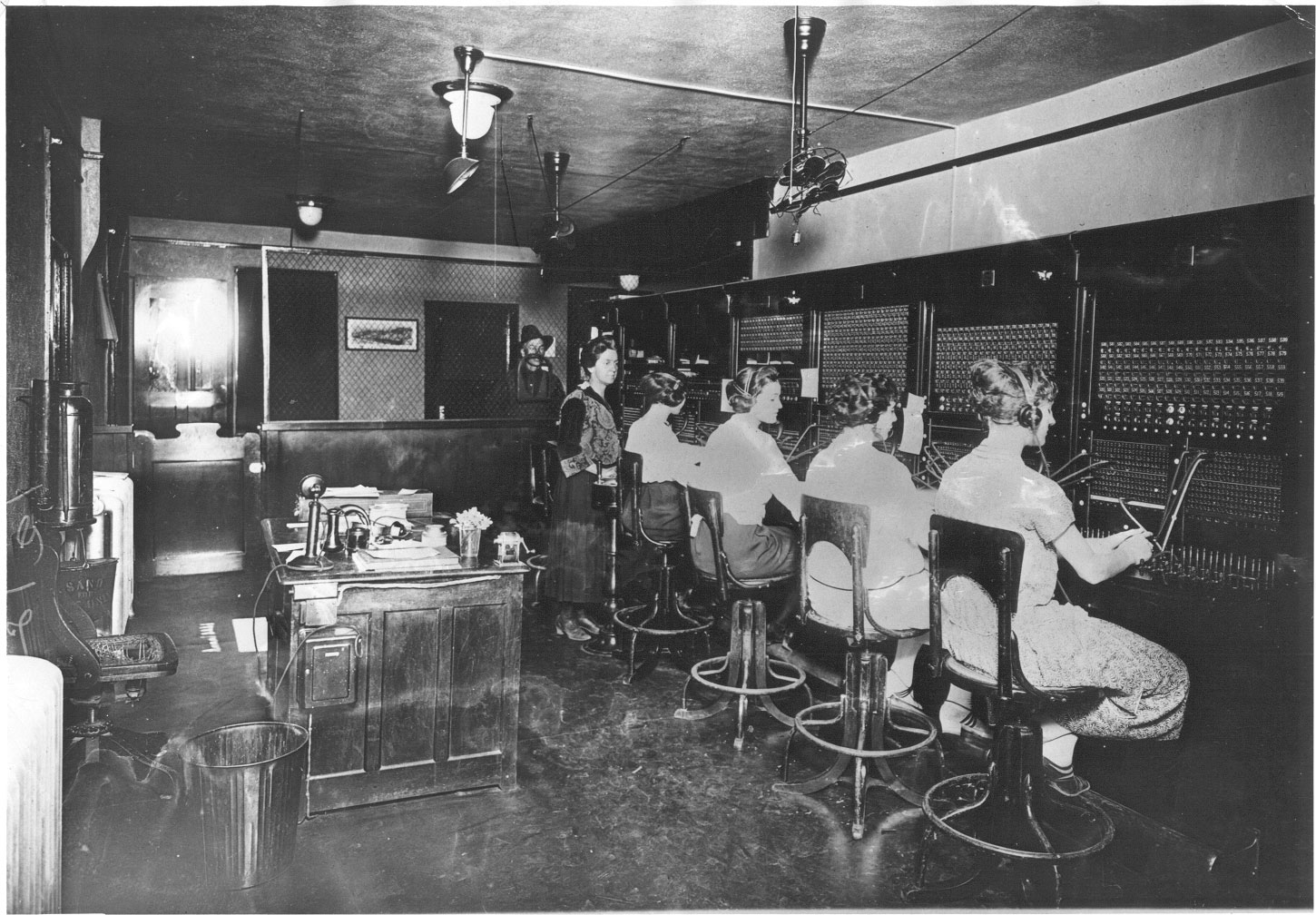 Telephone-operators-in-New-Mexico-Source-telcomhistory.org_